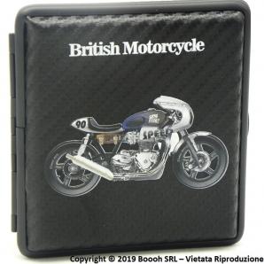 PORTA SIGARETTE IN METALLO BRITISH MOTORCYCLE BIANCA E BLU N.90 E SUPERFICIE CARBON LOOK - IDEA REGALO PER FUMATORI 12,47€