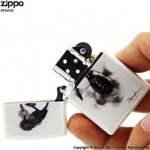 ZIPPO SPAZUK COD.29645 BLACK BIRD GRANATE - ACCENDINO A BENZINA E ANTIVENTO | IDEA REGALO FUMATORE 41,99€