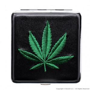 PORTASIGARETTE NERO IN METALLO GREEN CANNABIS LEAF - CUSTODIA | IDEA REGALO FUMATORE 8,96€