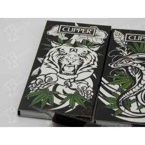 CLIPPER CARTINE LUNGHE KSS + FILTRI CARTA PREMIUM JUNGLE WEED - 4 LIBRETTI SFUSI 9,36 €