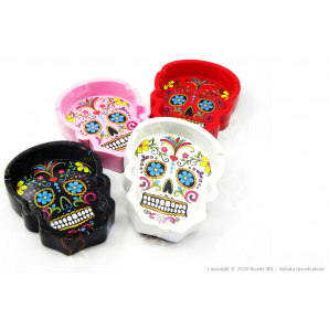 "POSACENERE COLOURED SKULL"" A FORMA DI TESCHIO COLORATO"" 7,99 €"