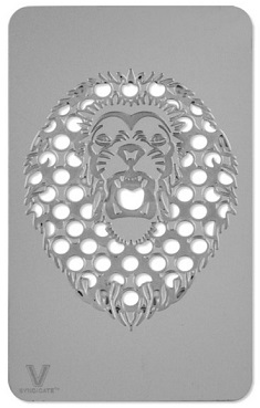 Grinder Card Forma di Tessera con Disegno di Leone su Boooh.it  4